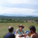 Petit déjeuner face aux Pyrénées